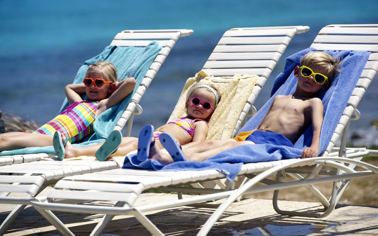 http://www.taylorwimpeyspain.com/blog/wp-content/uploads/2011/06/spain-holiday-rental1.jpg